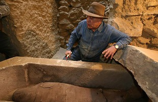 Khai quật xác ướp cổ đại, nhà khảo cổ Ai Cập gặp ác mộng kinh hoàng