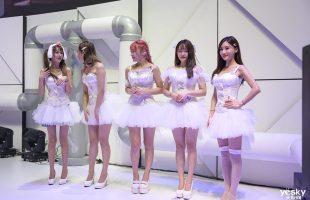 [ChinaJoy 2019] Săm soi dàn showgirl chân dài khắp các gian hàng trong ngày đầu mở cửa triển lãm