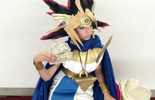 Ngây ngất vì những hình ảnh cosplay được cho là cực giống với các nhân vật trong manga/anime Yu-Gi-Oh