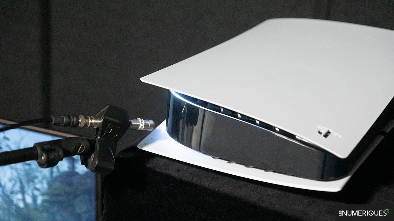 PlayStation 5 sử dụng hai loại quạt tản nhiệt khác nhau?