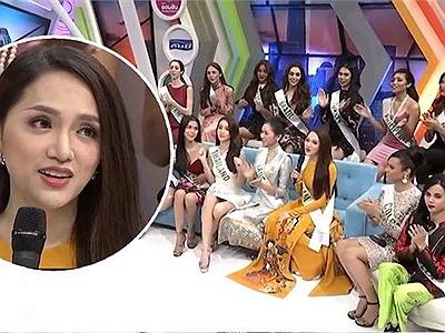 Hương Giang mặc áo dài nổi bật, đẹp hết phần thiên hạ trên sóng truyền hình Thái Lan