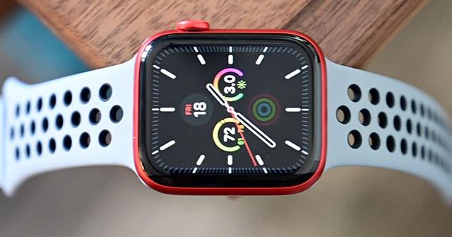 """Chiếc đồng hồ thông minh bán """"chạy"""" nhất trong quý 4 năm 2020 là đây"""