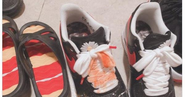 """Faker được tặng thêm biệt danh """"Thánh ở dơ"""": Bị đổ canh vào giày nhưng không thèm giặt, cứ thế đeo đi chơi cả tuần"""