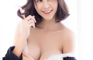 Ngất ngây với vòng một căng tròn và nụ cười tỏa nắng của Gaew Rayong