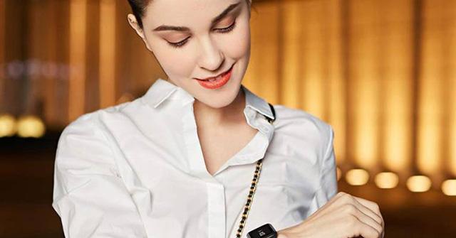 """Top đồng hồ thông minh giảm giá """"sốc"""" tới 50%, mua ngay kẻo tiếc"""