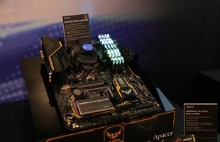 Anh em nhà Apacer cùng Zadak giới thiệu loạt RAM, SSD, bộ máy tính chiến game lập lòe đẹp mỹ mãn