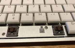 Một chiếc bàn phím cơ mang thương hiệu Apple, tại sao không?