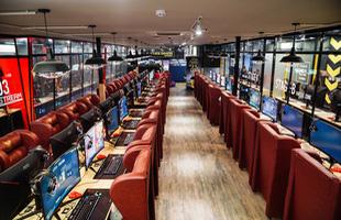Mừng xuân Canh Tý, Cybercore Gaming Dragon khai trương phòng máy 20 tỷ khủng nhất nhì Sài Gòn