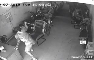 Một thanh niên manh động dùng thanh sắt đánh bị thương người trong quán net