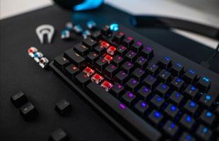 Đánh giá Logitech G Pro X: Tuyệt đỉnh bàn phím cơ, thay switch dễ dàng hơn bao giờ hết