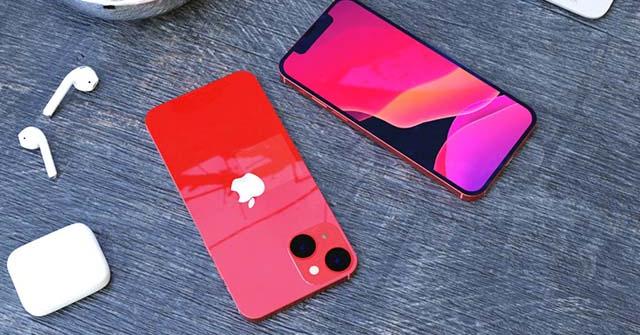 iPhone 13 Mini với camera chéo có khiến iFan xao xuyến?
