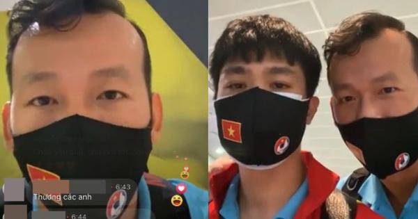 """Thủ môn kiêm """"streamer Tấn Trường"""" livestream sương sương 15k người xem, nhưng sao tự nhận mù công nghệ, không biết làm vlog?"""