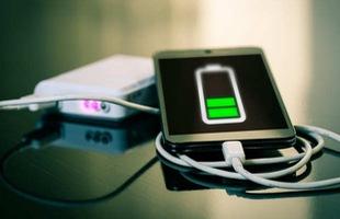 Đừng tuỳ tiện mượn sạc điện thoại từ người lạ nếu không muốn lãnh hậu quả khôn lường