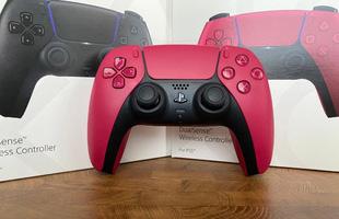 Trên tay 2 phiên bản mới Cosmic Red và Midnight Black của tay cầm DualSense PS5