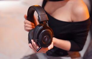 """Tai nghe gaming E-DRA EH493W: Không dây, siêu """"ngon"""" từ chất âm cho tới tầm giá"""