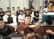 Điểm lại những vật phẩm cực hiếm sẽ xuất hiện trong buổi offline tại Hà Nội của Làng Lá Phiêu Lưu Ký