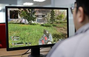 Trải nghiệm màn hình chuyên game ViewSonic XG240R: Chơi Apex Legends ngon lành, đèn RGB đặc sắc