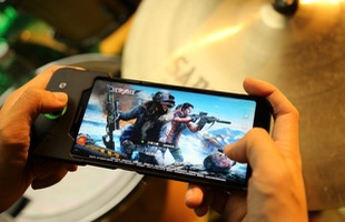 Smartphone gaming Xiaomi Black Shark chưa mở bán đã có tới 1 triệu lượt mua