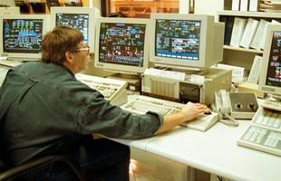 Sự cố Y2K là gì và tại sao nó từng gieo rắc nỗi kinh hoàng cho thế giới công nghệ