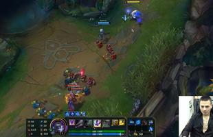 Hoa Vinh lên sóng stream chơi LMHT, thể hiện bản lĩnh khi cầm Lulu hỗ trợ