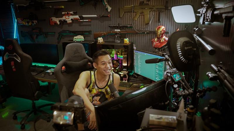 Phản ứng của Tộc trưởng Độ Mixi khi được bình chọn là streamer được yêu thích nhất thế giới