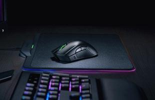 Microsoft hợp tác với Razer để thiết kế bàn phím và chuột dành riêng cho hệ máy chơi game Xbox One