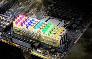 Apacer PANTHER RAGE DDR4 RGB - Khi răng báo lên đèn RGB