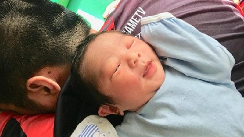 Cộng đồng CS:GO Việt chia vui với anh chàng Caster lần đầu làm bố