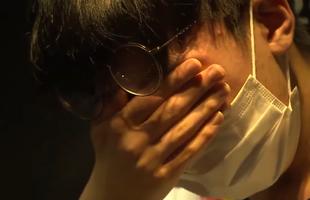 Nhói lòng hình ảnh sao trẻ DragonX bật khóc nức nở khi đội nhà tiếp tục thất bại
