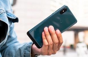 Xiaomi Mi 9 và Mi Mix 4 sẽ có 3 camera sau và dùng chip Snapdragon 855?